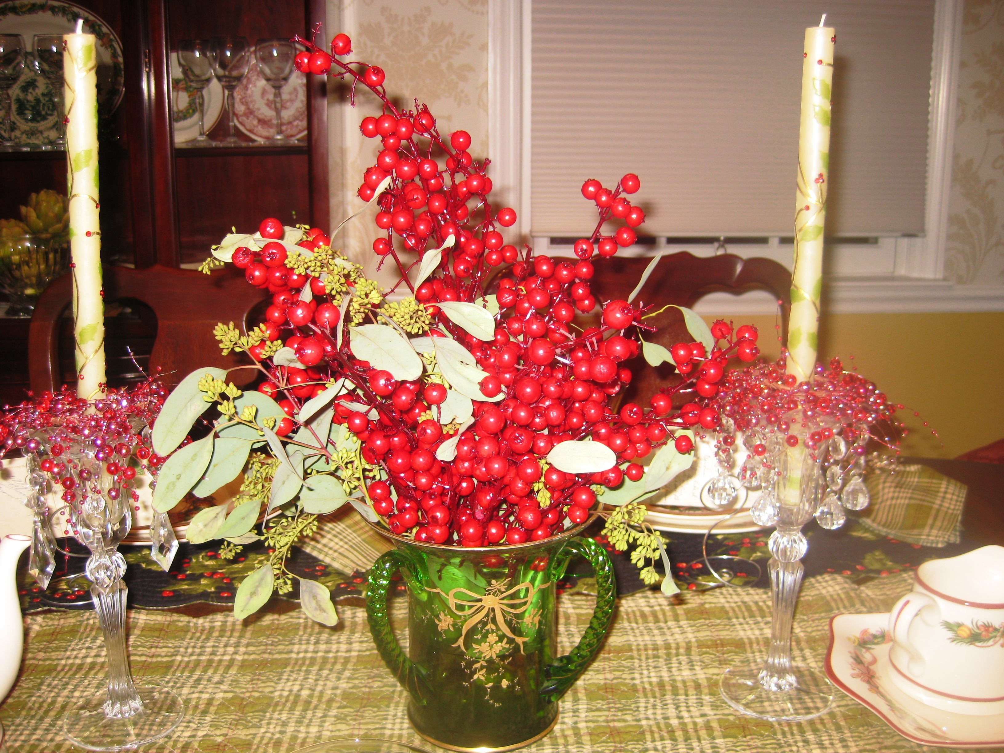 """Apres christmas dinner """"holly berry themed tablescape"""
